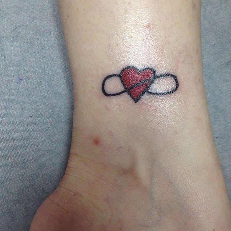 17 meilleures id es propos de tatouage signe infini sur pinterest signe infini infini - Signe de l infini tatouage ...