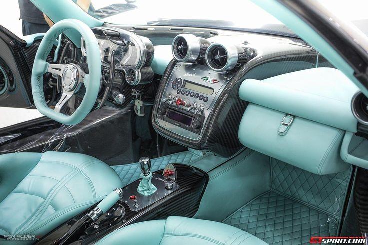 Pagani Unveils the Zonda 760RSJX Supercar