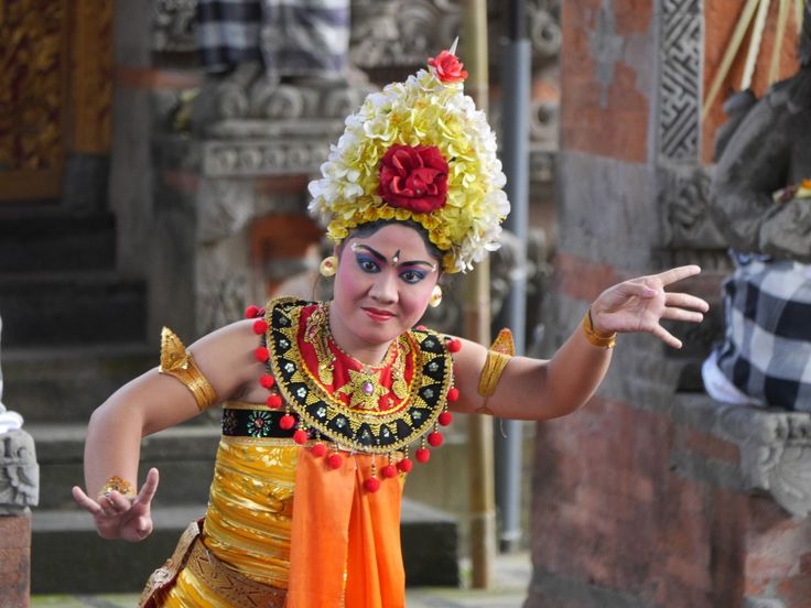 Sahadewa Barong and Kris Dance, Bali, Indonesia - The servants (dancing girls) of the Rangda - although there is a good chance I have got that wrong!
