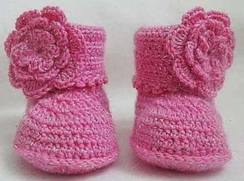 Botitas tejidas a crochet para niña - Imagui