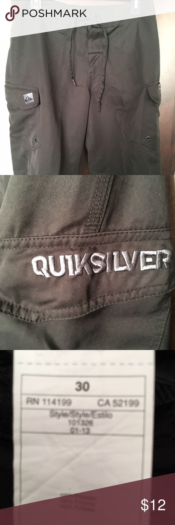 Quiksilver Boardshorts Black Men's Size 30 Like new. Velcro & tie closure. 100% polyester. 2 pockets with Velcro closure. Quiksilver Swim Board Shorts