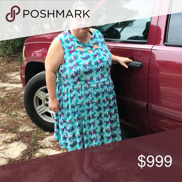 NO SALe ISO Looking for torrid stitch dress I am looking for this dress in several assorted sizes 22 to 24,26, 28 or 30/////torrid.com dress with Disney Lilo and stitch design torrid Dresses Mini