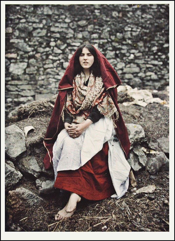 The first ever colour photo of a young rural Irish girl in 1913. Mian Kelly, then aged about 15. Mian passed away in 1973 aged 75. Galway. Marguerite Mespoulet,was the Archives' only female photographer. Her photographs of impoverished Irish fishermen, workers and peasants--particularly women--captured both the extreme poverty and resilience of an increasingly precarious culture. Autochrome photography from Archives of the Planet; a project conceived and financed by banker Albert Kahn in…