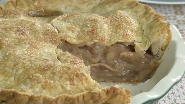 Mr. Food: Grandma Millie's Apple Pie