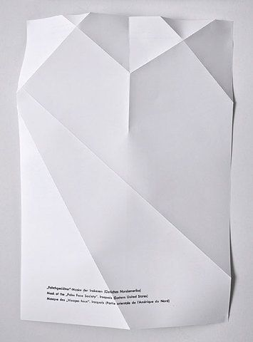 nonclickableitem: Design Geometric, Graphics Typo, Folding Paper, Graphics Design, Simple Folding, Paper Folding, Paper Design, Folding Posters, Paper Triangles