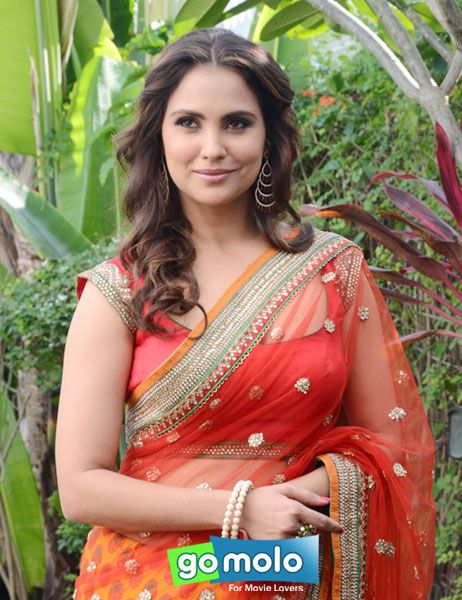 Lara Dutta-Bhupathi at the Launch of 'Lara Dutta-Chhabra 555' Indian bridal wear collection in Bhopal