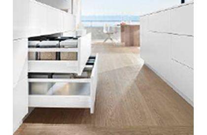 Minimalist design meets proven technology, TANDEMBOX antaro
