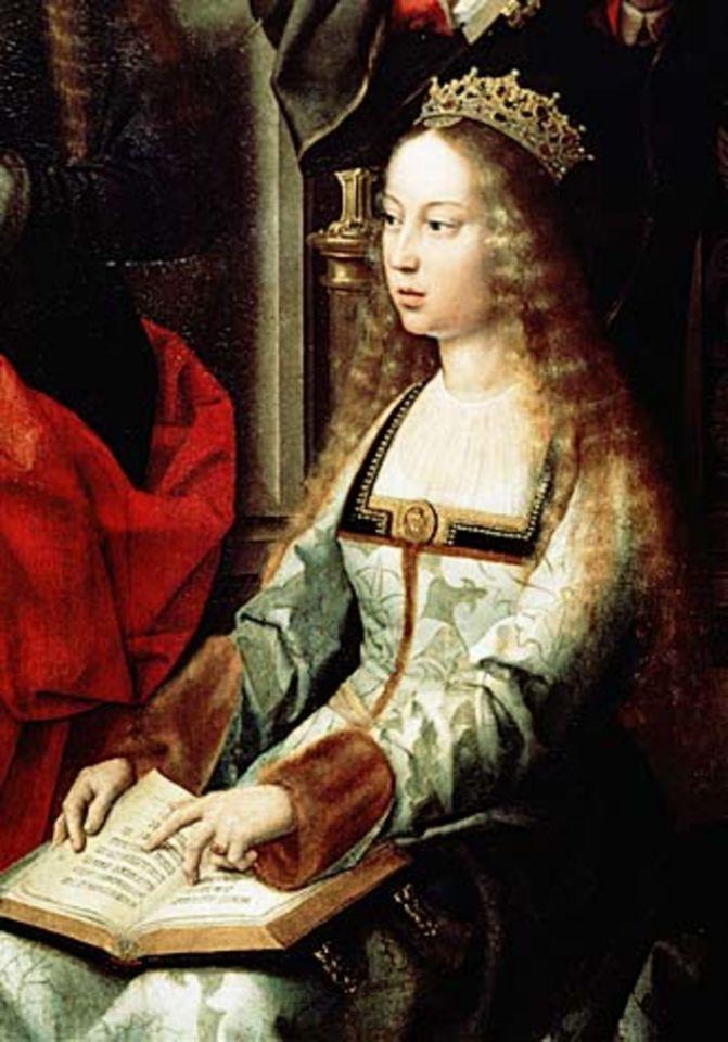 Esposa de Fernando de Aragón, formaban la pareja históricamente conocida como Los Reyes Católicos. Tuvo que seguir en todos sus alumbramientos la costumbre de que el parto fuese presenciado por testigos, tradición impuesta desde los tiempos de Pedro el Cruel cuando su madre fue acusada de hacer pasar por hijo suyo al de un judío. La reina aceptó a condición de que su cara fuese cubierta por un velo para tapar su vergüenza y su dolor que consideraba indigno de una monarca.