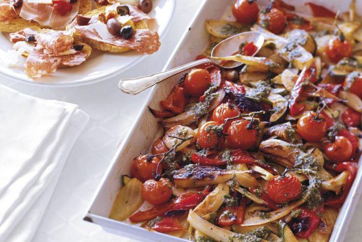 Geroosterde groenten met basilicumsaus - Recept - Allerhande