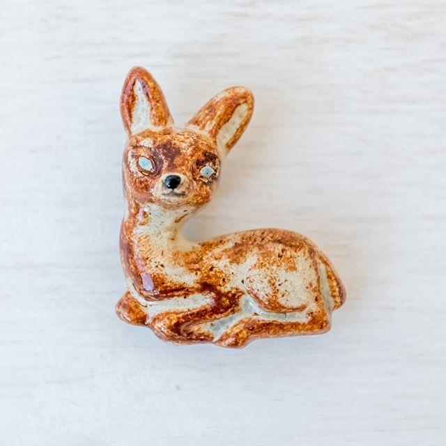 "Fairytale inspired Bambi ceramic brooch. Керамическая брошь ""Бемби олененок"" #murava#pottery#jewellery#handmade#ceramics #ceramic#vintage#glaze# #broach #brooch #deer #bambi #fairytail#inspiration #inspire #animal #vintageinspired #vintage #fashion #bijou #брошь #бемби#олененок #винтажныеукрашения #винтаж#брошьручнойработы #юбкапачка #керамика #керамикаручнойработы #украшения #украшение"
