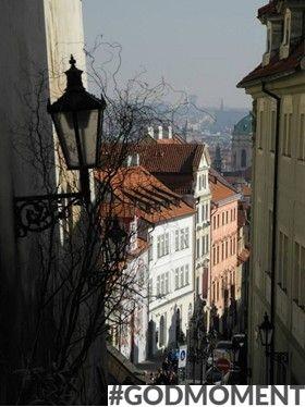 'Praag is een authentieke maar ook romantische stad, ideaal om rond te dwalen met je nieuwe vlam' #Godmoment (Steven, 23)