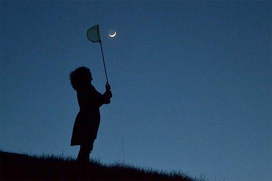 ¿Nunca has pensado cazar la Luna? Esta chica lo ha conseguido.