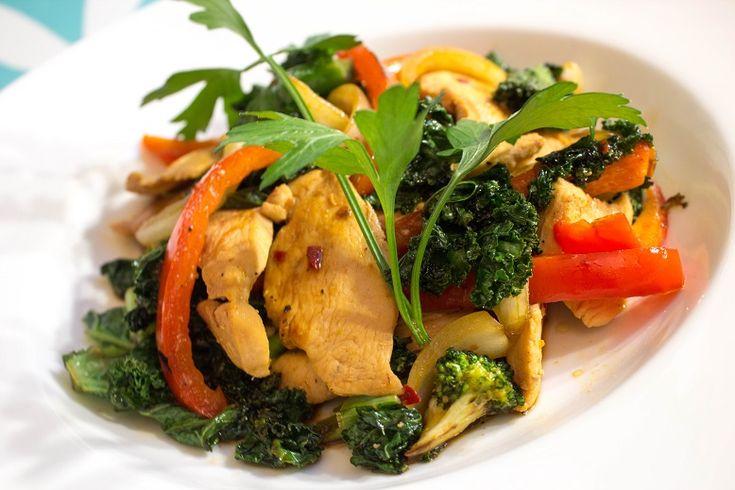 Wok med kylling og grønnkål