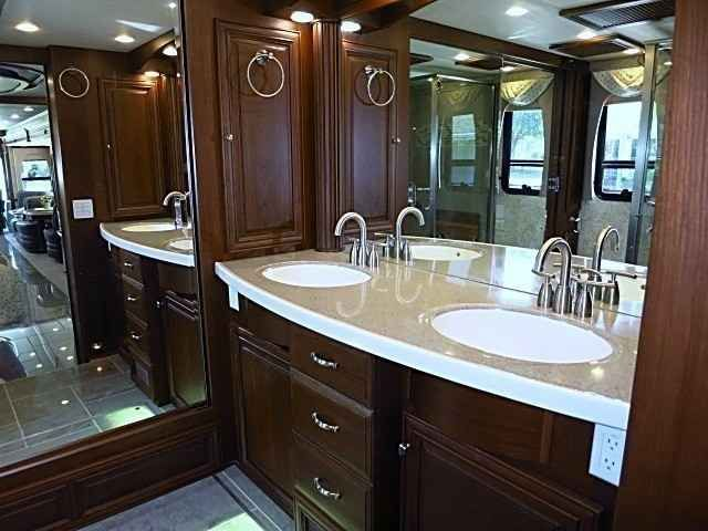 2012 Used Newmar Essex 4544 Class A in Florida FL.Recreational Vehicle, rv, 2012 Newmar 45' Essex. Full Wall Slide Bath and a Half. One Owner, Immaculate Condition, Spartan K2 Chassis. Coach built Jan/Feb 2012 picked up March 2012. 2013 Features. Xite Truck Route GPS System. Only 15k miles. Always kept under cover when not in use. Meticulously maintained, hand washed/waxed. Sanibel Full Paint and Decor, Ginger Glazed Cherry Cabinets, Stacked Washer and Dryer, Advantium Speedcook Microwave…