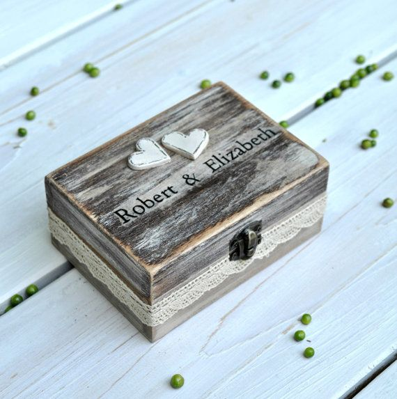 A romantic wedding ring box for a wonderful couple !  This wooden ring box is painted in an ellegant light brown/grey shade and it is distresses for a