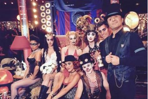 Arthur fait son cirque ! L'animateur des « Enfants de la télé » va présenter, sur TF1, une émission dédiée au cirque. - soirmag.be