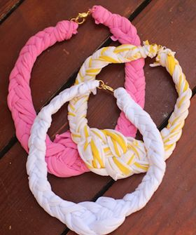 I made a fabric necklace with one half having a pink streak, and the other half with four wooden beads. It came out alright, but I'm thin so the piece looks chunky on me.