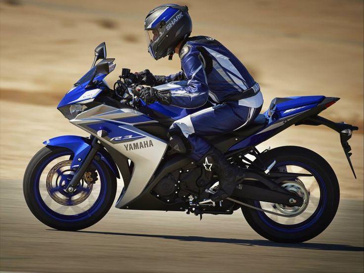 """YZF-R3: la supersportiva Yamaha R-Series per chi ha la patente A2 L'introduzione della patente A2 per Yamaha ha rappresentato l'opportunità di creare un nuovo modello che costituisse il naturale """"passo avanti"""" per chi proviene da una 125 cc (guidabile con patente A1). Pensata per i neofiti e per chi cerca una moto di transizione verso cilindrate più elevate, YZF-3 è una R-series a tutti gli effetti, e colma il gap tra YZF-R125 e YZF-R6."""