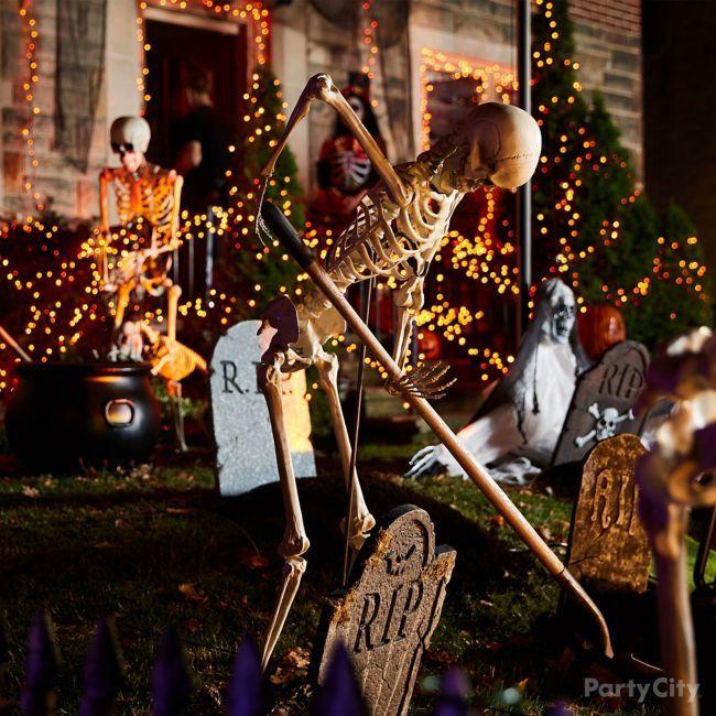15 Halloween Graveyard Ideas Halloween Outside Halloween Graveyard Halloween Outdoor Decorations