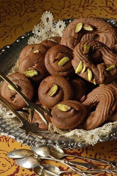 Τρία σοκολατένια γλυκά χωρίς γλουτένη από τον Στέλιο Παρλιάρο