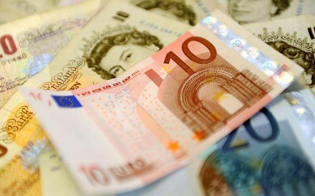 Cambio euro sterlina: rottura triangolo e ritest resistenza