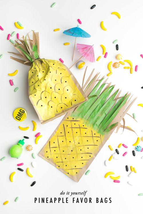 DIY Pineapple favor bags //