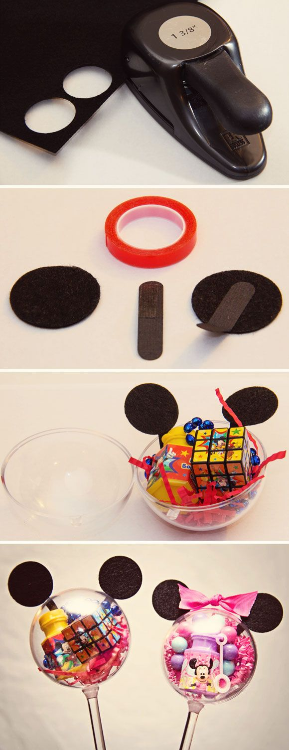 DEMASIADO BONITO! A melhor idéia para lembrancinhas! Preencha bolas de plástico transparentes com guloseimas topo com construção orelhas de papel ... parece que Mickey TOO CUTE! The BEST idea for party favors! Fill clear plastic balls with goodies top with construction paper ears...looks like Mickey