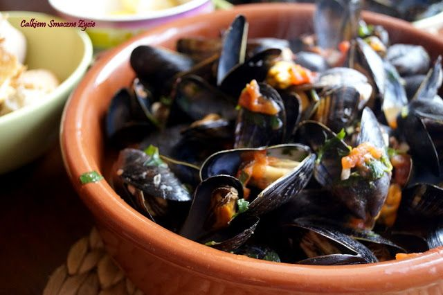 Quite Tasty Life: Mussels in Tomato Sauce