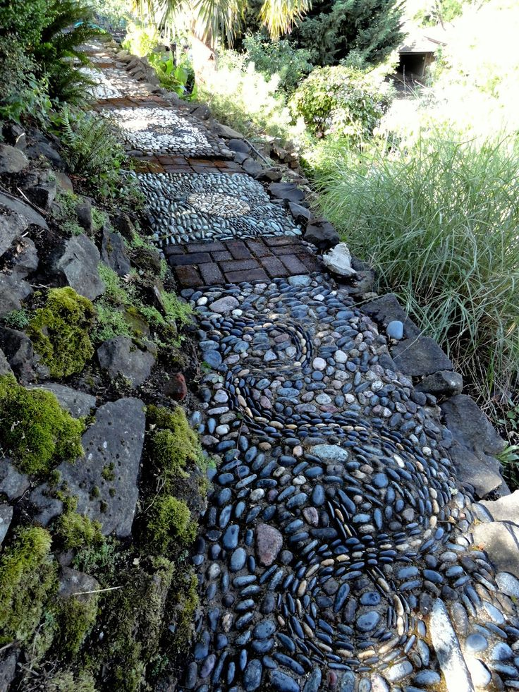 Clare Matthews Garden Blog Free Chive Edging Is Looking: 931 Best Pebble Mosaics Images On Pinterest