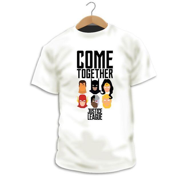 """Has visto nuestro diseño """"Come Together""""? http://ift.tt/2DyBulp  Camiseta Cómic  La Liga de la Justicia llegó a las pantallas de cine compuesta por Superman Batman Wonder Woman Flash Cyborg y Aquaman.  100% Algodón peinado pre-encogido """"Ringspun"""" de 190 gr.Estampacióntotalmente ecológica y biodegradable.Camiseta certificadaporFair Wear Foundation  #Camiseta #CamaradaCamisetista #Design #Diseño #ShopOnline #Shopping"""