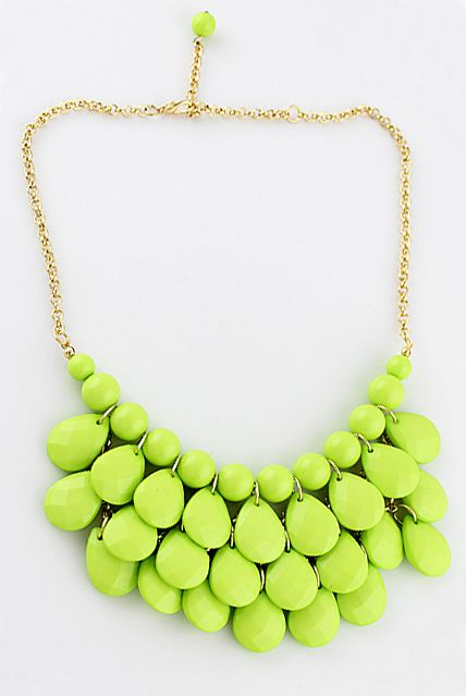 Charming Style Shine Light Green Beads Necklace - 70s baby: