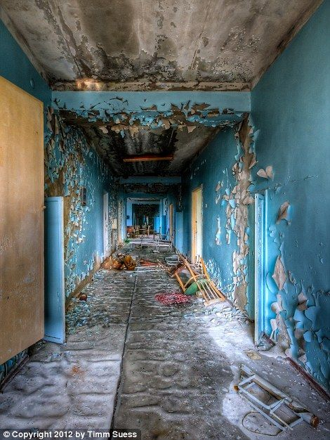 Inside Chernobyl's abandoned hospital, 27 years after Russian nuclear plant went into meltdown | Mail Online