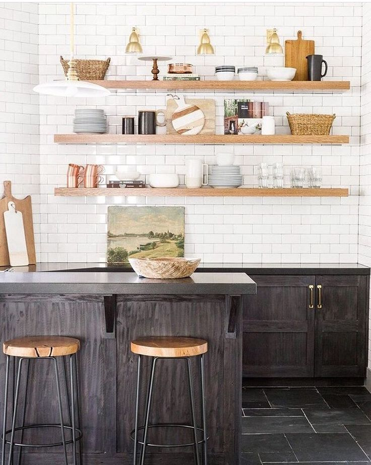 Okay This Might Be My Favorite Kitchen To Date Amenagement Petite Cuisine Comment Amenager Une Petite Cuisine Idee Deco Cuisine