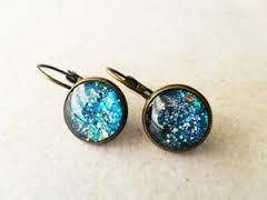 With serious clients, dress in corporate wear and add these Glittery earrings and you'll feel Professional and Glittery