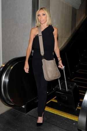 Giuliana Rancic wearing Hermes Evelyn Bag. She has about 3 of ...