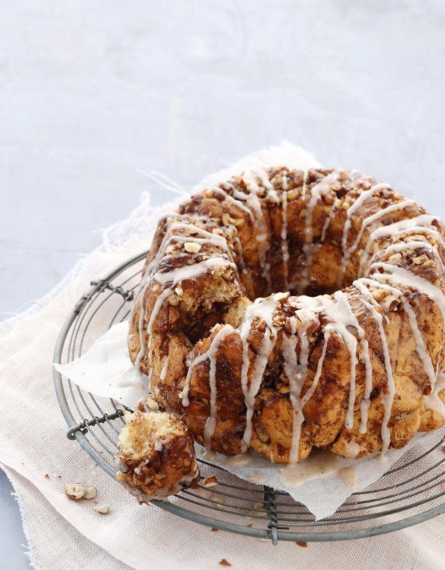 Monkey breadin voisulassa ja sokeri-pähkinäseoksessa kieriteltyjä palleroita on mahdotonta vastustaa.