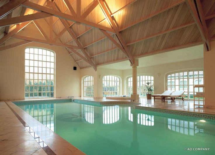 Binnenzwembad zwembad pinterest google zwembaden en overdekt zwembad - Smeedijzeren pergolas voor terras ...