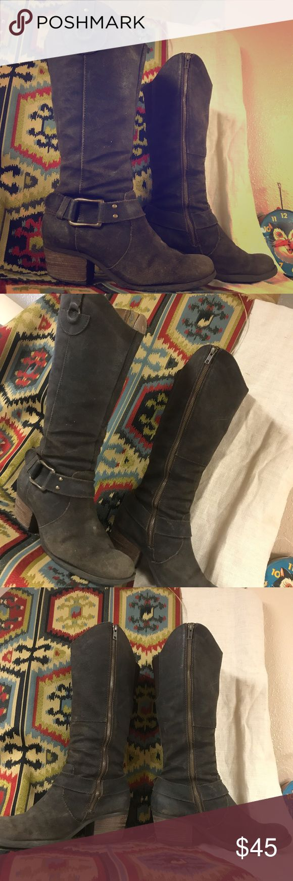 Born Boho Brown Leather Boots Preloved Genuine Leather Born Dark Brown Boots. Toe area slightly discolored, giving them a distressed boho look. Zippers are in good working condition. Signs of spots, but could be from manufacturing. Soles show signs of wear, though no apparent rips, tears, or holes. An overall comfortable Boot sure to last a long time. Born Shoes Heeled Boots