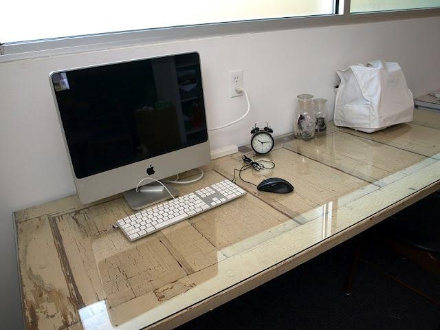 Door Desk/I'm making this !!!!