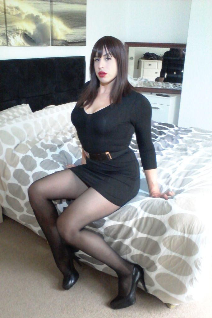 Crossdressers Pictures To Pin On Pinterest Pinsdaddy