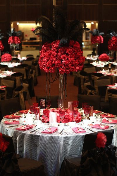 vegas theme wedding decorations | Vegas-themed wedding by