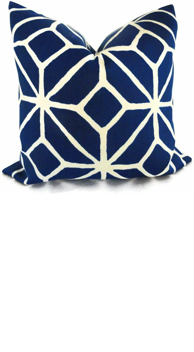9 best images about Blue Pillows on Pinterest | Embroidery fashion ...