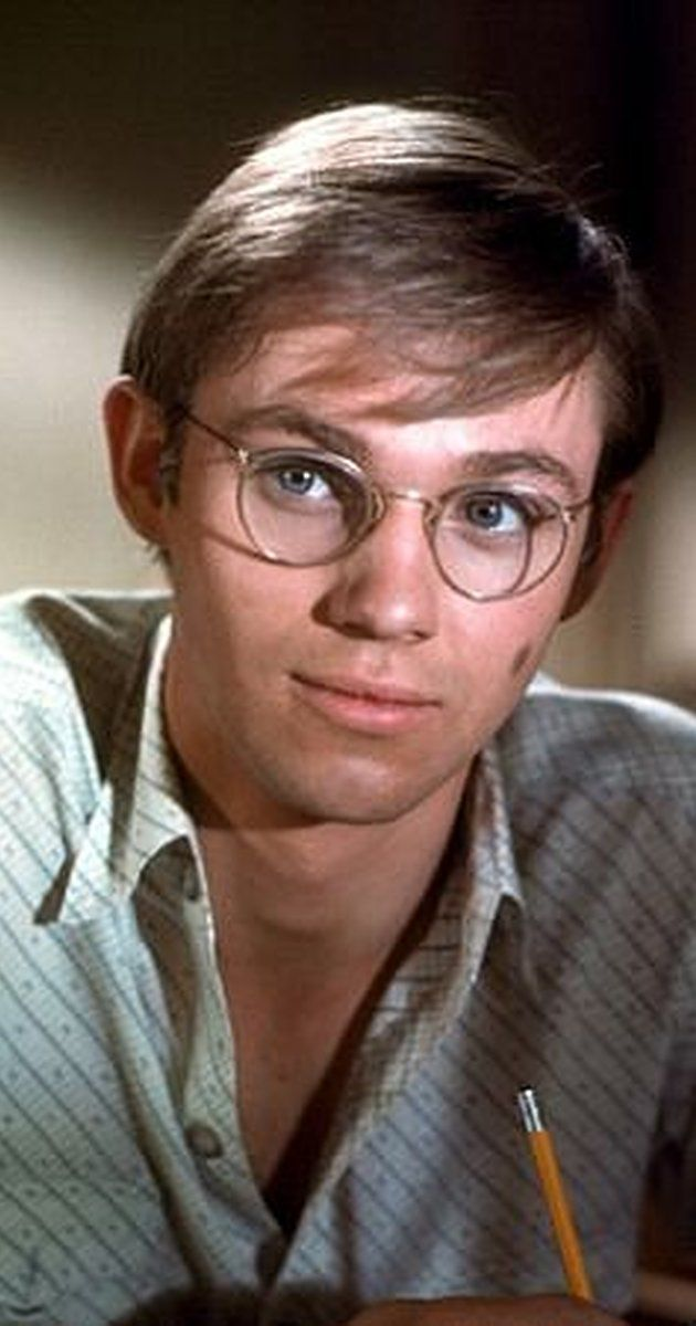 Richard Thomas, Actor: The Waltons. Richard Thomas was born on June 13, 1951 in New York City, New York, USA as Richard Earl Thomas. He is an actor and director, known for The Waltons (1971), Wonder Boys (2000) and All Quiet on the Western Front (1979). He has been married to Georgiana Bischoff since November 20, 1994. They have one child. He was previously married to Alma Gonzales.