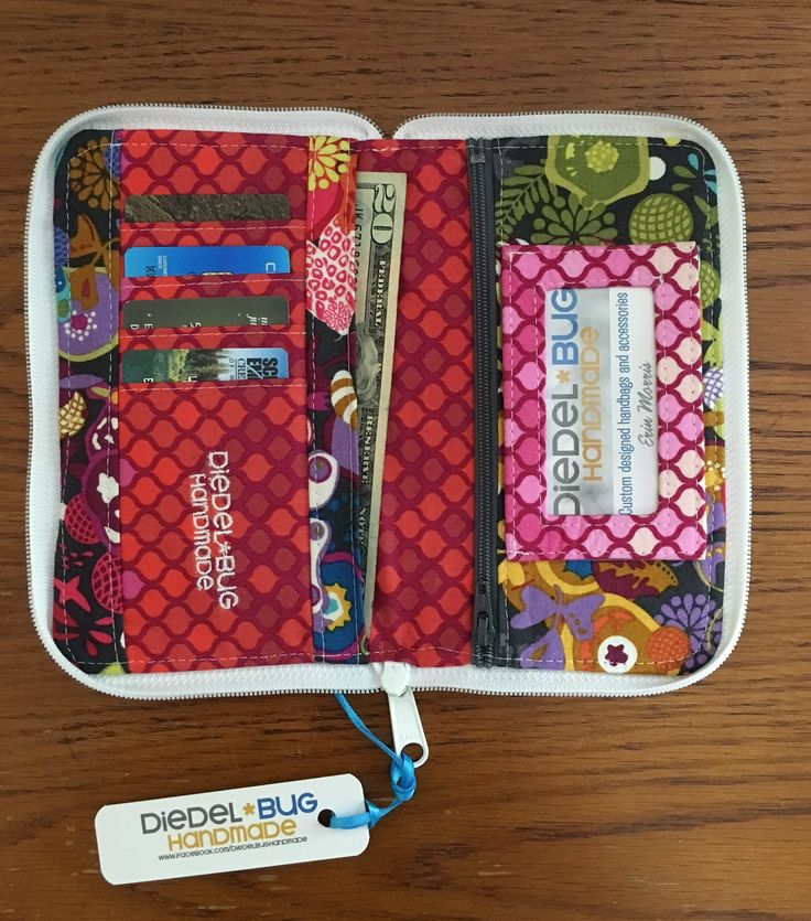Hey everyone! Erin of Diedel*Bug Handmade here. I got a crazy idea and decided to make our sweetSwoon Patterns Pearl Wallet Clutchinto a zip around wallet! I'll stop the teasing you now and get onwith the tutorial. First things first, you need to swing by and grab your copy of the Pearl Clutch Wallet Clutch…Pattern …
