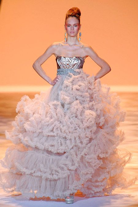 24 best history of a dress images on Pinterest | Christian siriano ...