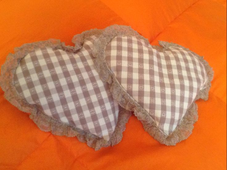 Little heart pillows