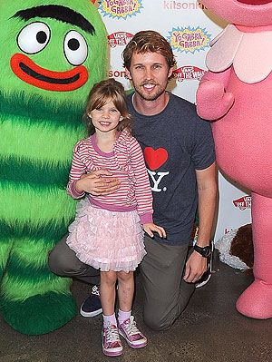 Jon Heder's a dad!