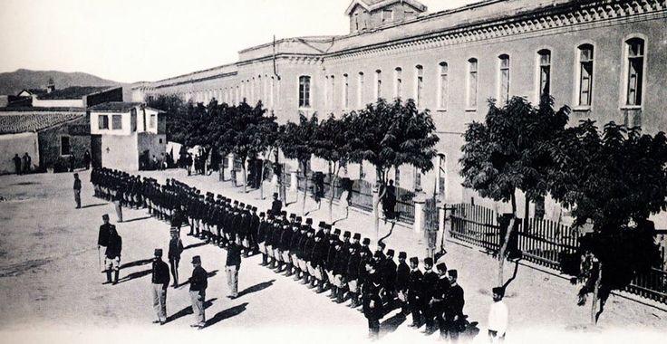 GİRİTTE OSMANLI KIŞLASI-1883