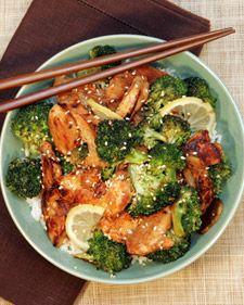 Chicken, Broccoli and Lemon-Stir Fry. de brocoli was te veel naar citroen gaan smaken, een beetje jammer en bitter. kip marinade wel lekker!