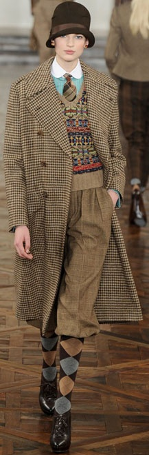 Ralph Lauren (not a huge fan of head to toe menswear look, but love the mix of turquoise with the tweed)